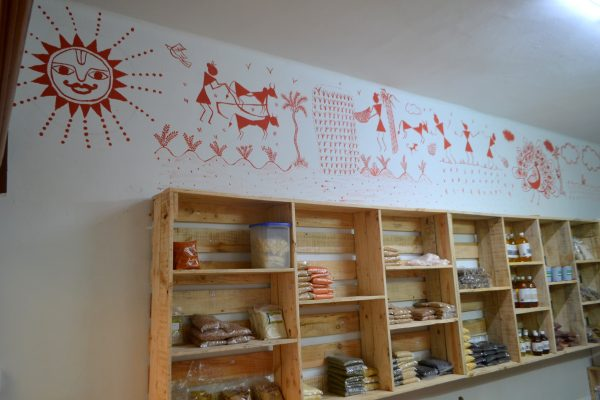 The Warli Art at the Organic store in Koramangala - Swasthya organics